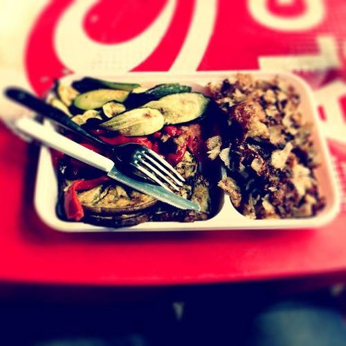 Kebab con verdure al piatto, beh non male... Welbo Antonello Kebab Olbia  buonooooooo food dinner mangiare eat