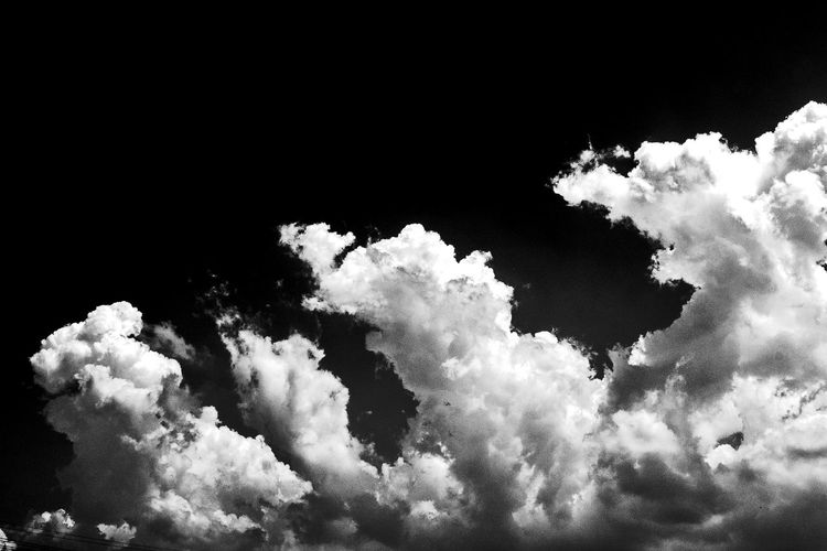Beauty In Nature Black And White Black Background Blanco Y Negro Cielo Cloud - Sky Day Freshness Nature No People Nubes Outdoors Sky Finding New Frontiers