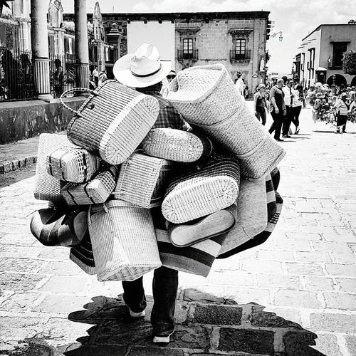 Mexican Culture San Miguel De Allende Mexico EyeEm ¡Viva México! Vendedor Ambulante Bagsforsale Streetphotography The Street Photographer - 2017 EyeEm Awards