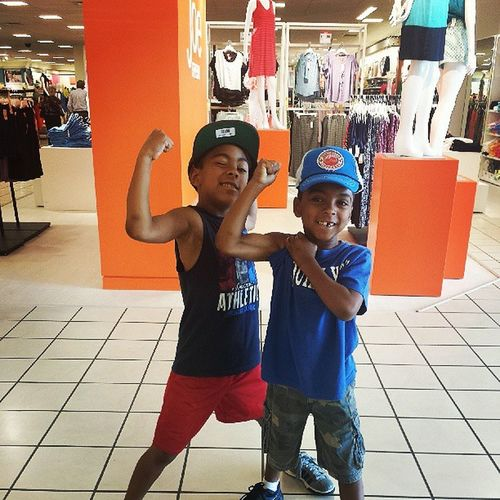My brothers straight flexin while out shopping ♡ man they are going to be heartbreakers, too bad those girla dont know they have a crazy sister who will beat'em down if necessary ;) BigSis Lilbros Handsome Heartbreakers