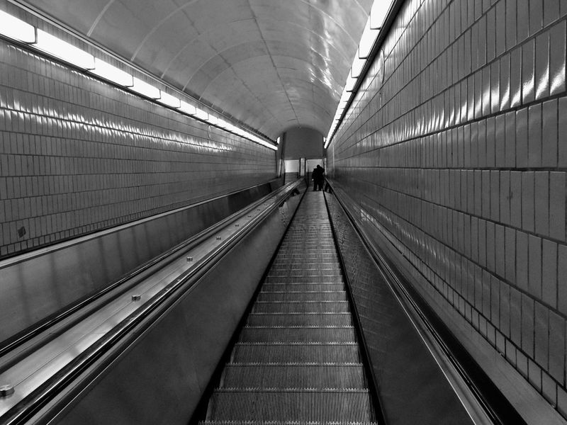Black And White Friday Indoors  Real People Convenience Technology Modern Illuminated The Way Forward Architecture Women Futuristic One Person Day People Subway Escalator Rolltreppe Noir Et Blanc Clinical Urban Geometry Lines Linien Atlanta
