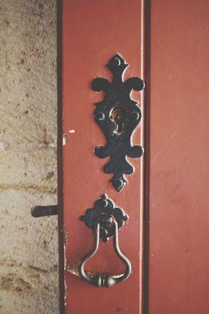 The door Wooden Old Door Wooden EyeEm Selects Hinge Door Door Knocker Close-up Doorknob Keyhole Lock Door Handle Locked Front Door Decorative Art