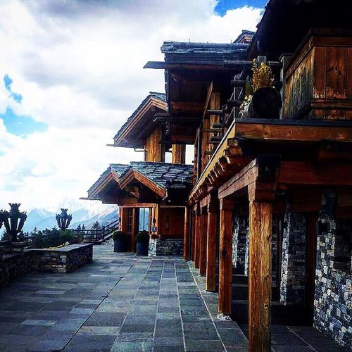 Cransmontana Mountain Cloud - Sky Roof Architecture Sky No People Outdoors Suisse  Enjoying Life ♥ Tranquility