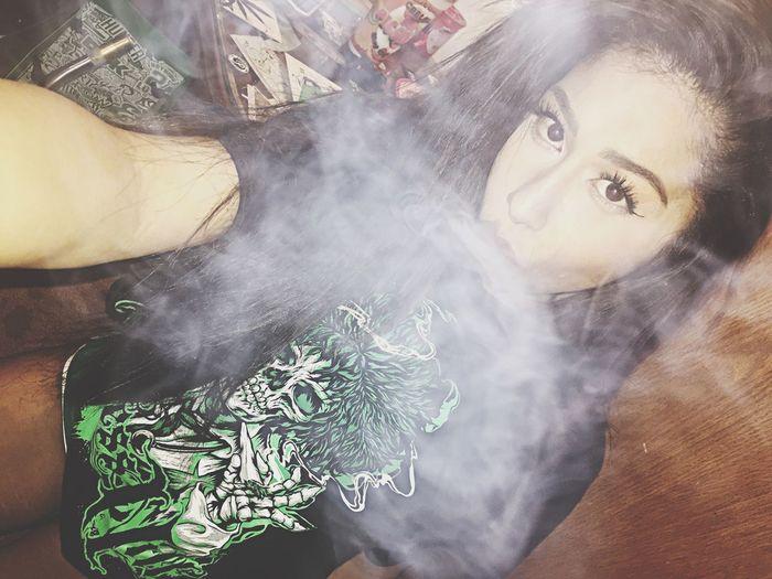 Smoke 710 Girls Who Dab