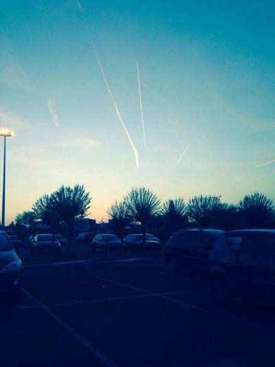 Sky Taking Photos Parking Beautiful