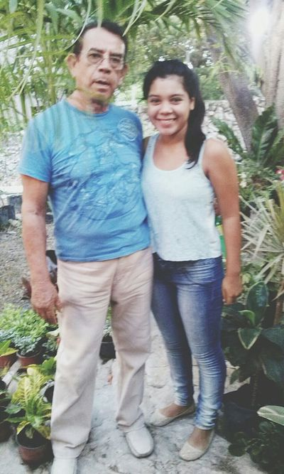 El Amor De Mi Vida Abuelo Te Quiero That's Me Hello World What Makes You Strong?