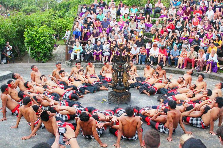 Capture The Moment Kecak Dance Culture EyeEm Indonesia EyeEmIndonesiaKu EyeEm Gallery EyeEm Best Shots Travelensa Bali, Indonesia