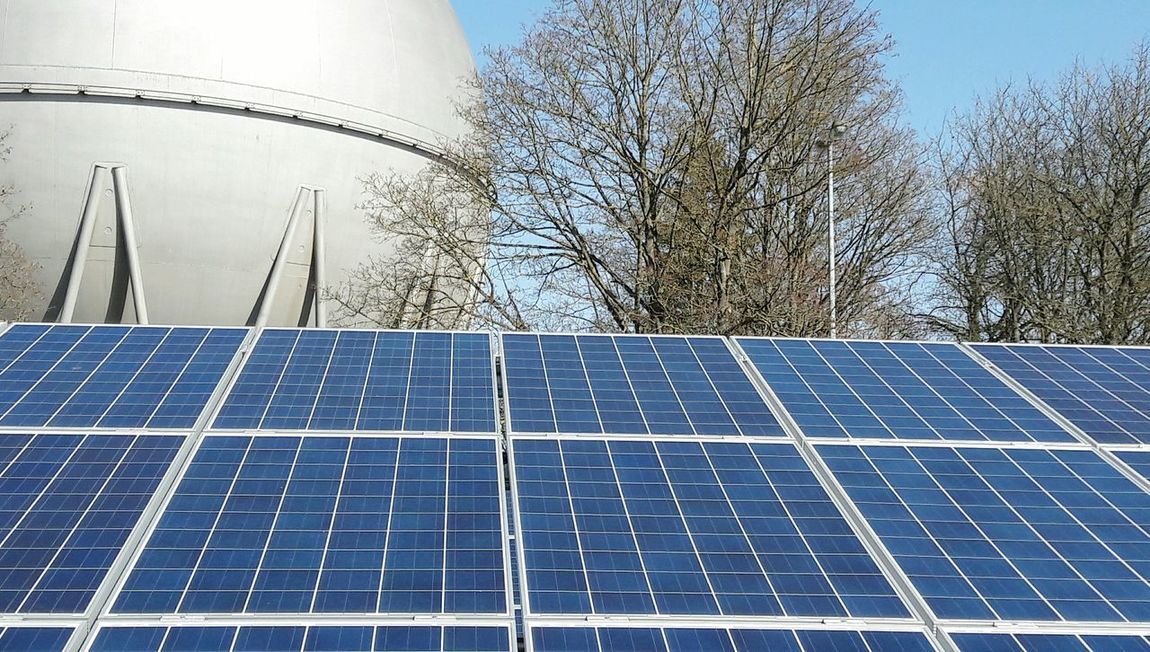 Solar Panel Solar Energy Alternative Energy Renewable Energy Sun Solar Equipment Sustainability Gas Energy Supply Energy Requirement Solar Cells Solar Panel Natural Gas Natural Gas Tank No People Day Tree Outdoors
