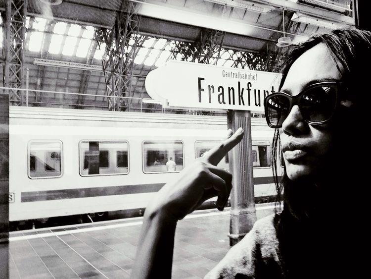 Gutten tag Frankfurt Enjoying Life Street Photography Changing The World Iggermany