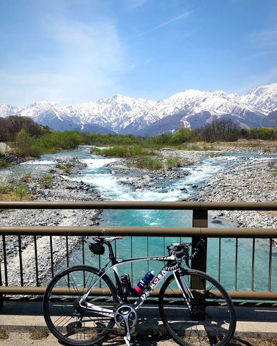 白馬 北アルプス Nagano, Japan Roadcycling DeRosa Roadbike Snowpeak Tranquil Scene Travel Destinations Tranquility Japan Photography Water Sky Nature Day Railing Cloud - Sky Transportation Beauty In Nature Outdoors Bicycle Mountain Mode Of Transportation