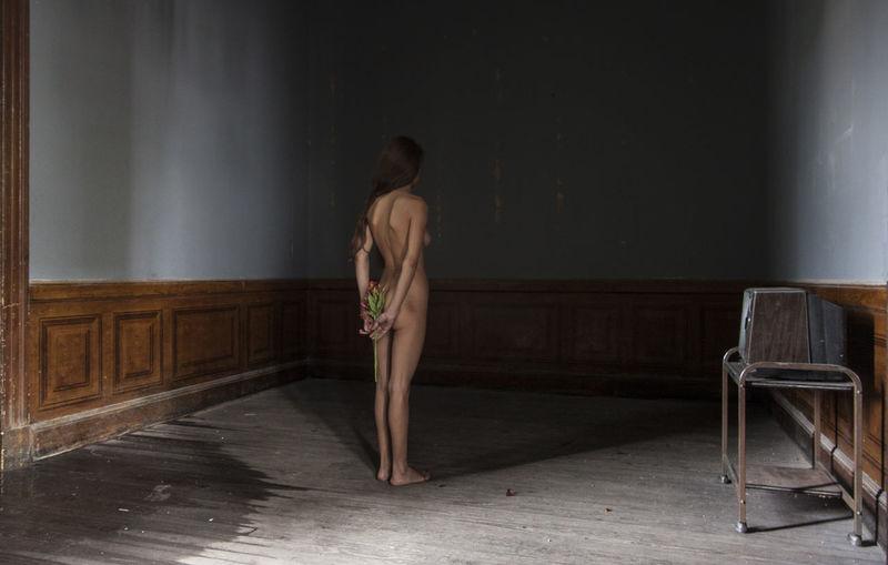 Beauty, fine art Back EyeEmNewHere Room Blue Fine Arte Fineartphotography Girl Nude_model Nudeartphotography