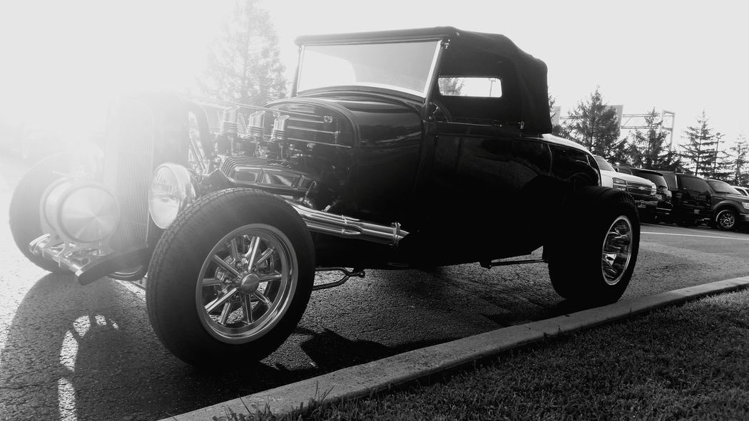 RatRod HotRods Kustom Kustomkulture Coolcars Streetrod CarShow Ratrods Americanmade HotRod Sunnyday