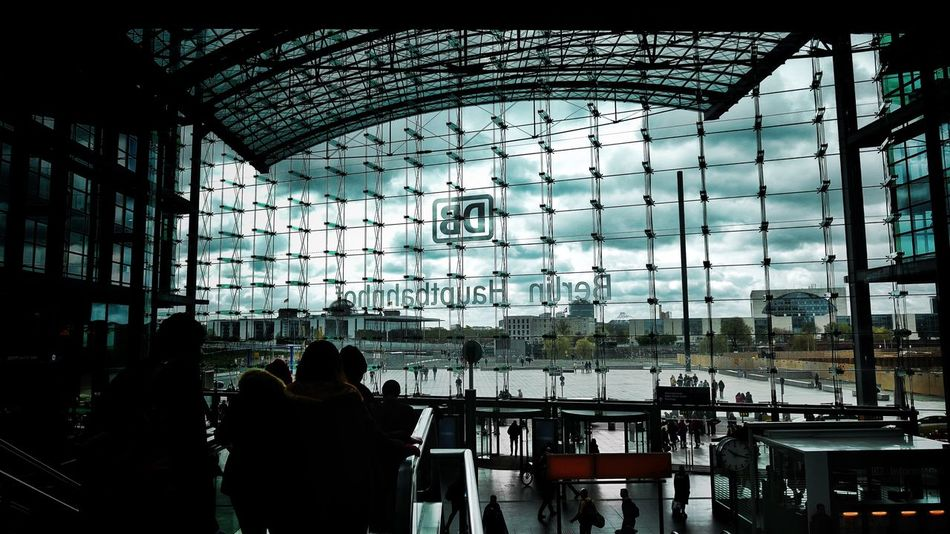 Leic Station Architecture Built Structure Indoors  Silhouette Modern Building Exterior City Skyscraper Sky Sky And Clouds Deutsche Bahn Berlin Hauptbahnhof Hauptbahnhof Berlin Architecture Discover Berlin