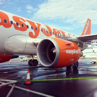 Blue skies for take off! EasyJet Manchesterairport Belfast Work meeting flying loneflyer