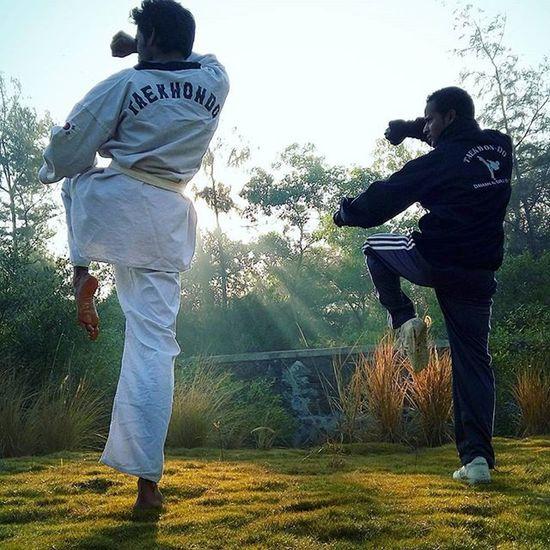 Taekwondo ,Realfightertaekwondoacademy Mrrob Robinraj Mrcool Daman Kungfu  Karate Martialart Taichi Practice Sundayclick Sunrise Light Peace Rfta