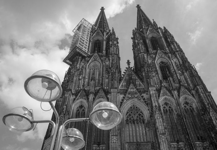 Architecture Architecture_collection Architecturelovers Architektur Black And White Cathedral Church Culture Kathedrale Kirchengebäude Kölner Dom Low Angle View Monochrome Religion Schwarzweiß Spirituality Tall - High Tourism Travel Destinations