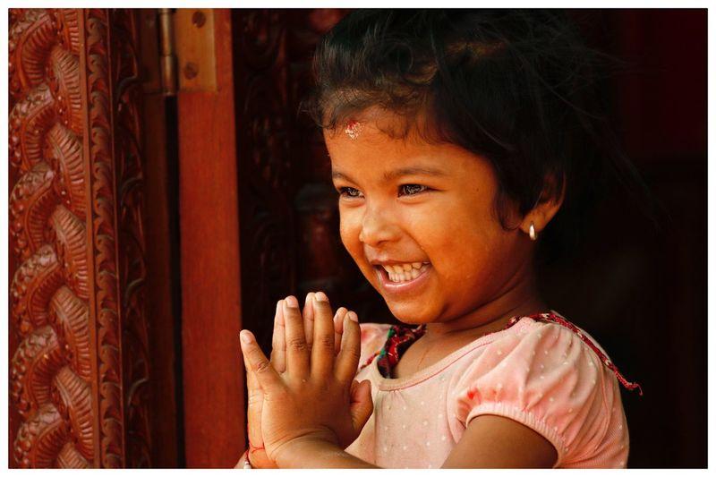 Fillette Nepal Visage Jeunesse Sourire Kathmandou Minorité Ethnique Nepal Child Childhood Transfer Print Portrait Real People One Person Headshot Girls Smiling Cute Innocence