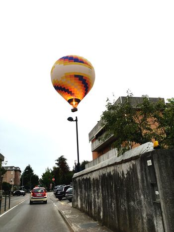Mongolfiera  Baloons Montgolfière  On The Move City Outdoors