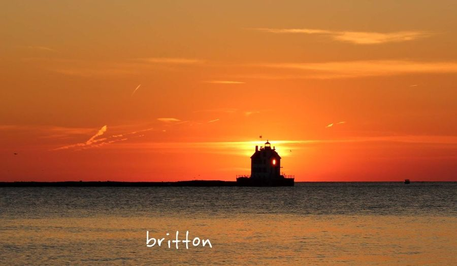 sunset right behind Lorain Lighthouse in Lorain. Ohio, 8/24/13 @ 8:13pm. Sun_collection Water_collection EyeEm Nature Lover