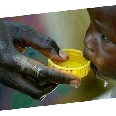 . . . . . . . . شاهد كمية الماء وطريقة شربهم ، اللهم ارحمهم ...♡ . . الى_احدهم ...♡ مساء_الخير ...♡ . . . . . . . .