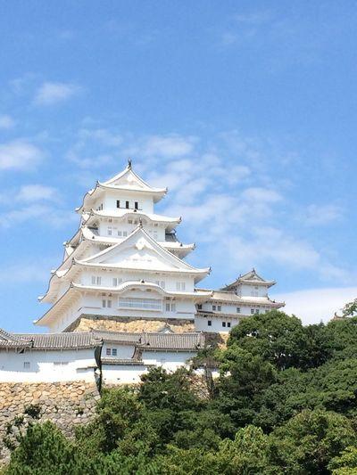 別名は白鷺城。真っ白な天守です✧˖ Clouds And Sky At 姫路城