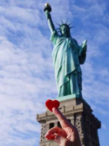 Picked up this heart on the floor of a mall, took it to see Liberty. New York Statureofliberty Heart