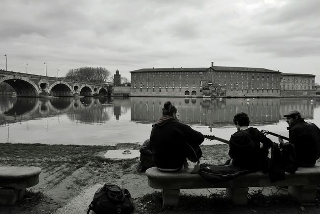 Bord de Garonne Toulouse - Water City Citylife City Life Blackandwhite Bnw Bw Bnw_collection Bw_collection Black And White Black & White Music Musician Tranquility Playing Music TOULOUSE TOWN Tourism Architecture Street Photography Cloud - Sky Sky River Only Men The Street Photographer - 2017 EyeEm Awards