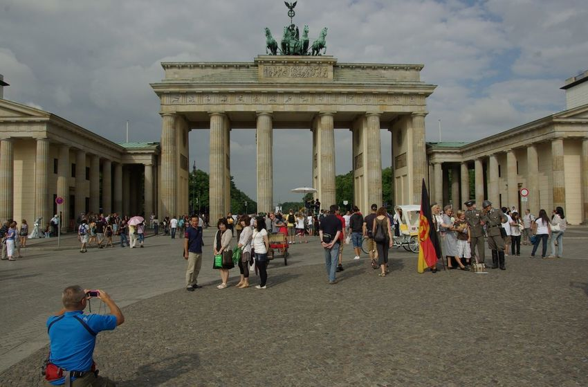 Berlin-Mitte Brandenburg Gate Deutschland German Architectural Column Architecture Brandenburger Tor Building Exterior Built Structure City Gate Cloud - Sky History Large Group Of People Leisure Activity Lifestyles Outdoors People Real People Tourism Travel Travel Destinations Vacations