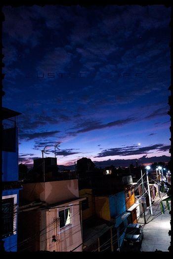 El barrio en la hora azul. Taking Photos Enjoying Life Hora Azul iztacalco Photo mexico df