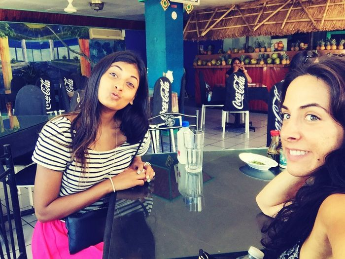 Fiji Withmybestie Cafe Lunch PoutFace Cocacola Travelling So Tanned