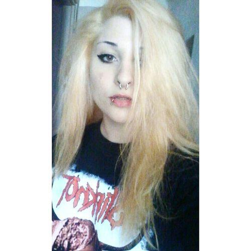 Blonde Hair Pale Slipknot