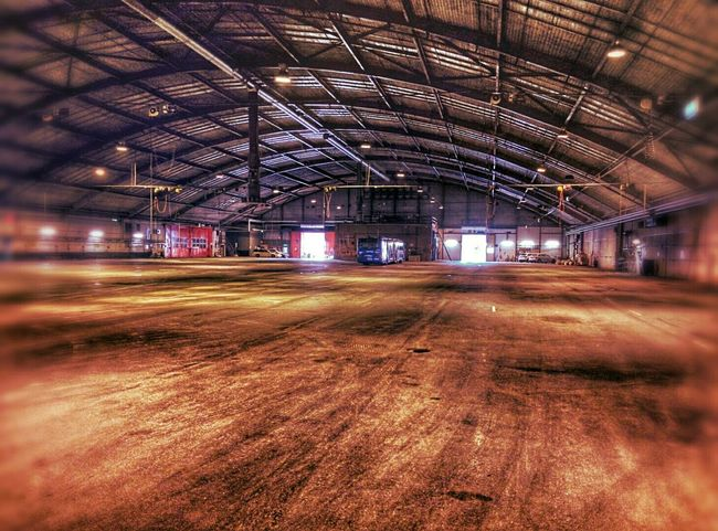 Hangar Hdr_Collection Darklights Buss Check This Out