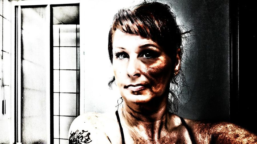 My Unique Style ArtWork First Eyeem Photo EyeEmNewHere Colorful Smartphonephotography Contrast Selfie Portrait Photoart Se♾ja Photo Messaging Snapseed Indoor Photography Indoors  Mirrorselfie Mirror Picture Capture Tomorrow It's About The Journey 2018 In One Photograph Moments Of Happiness My Best Photo International Women's Day 2019