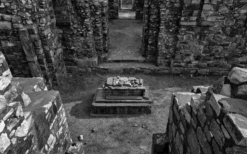 This image is part of my ongoing project covering the last resting places of Delhi Sultanate. Tomb, Sultanate Delhi Delhi Sultanate Architecture Monochrome Travel Full Frame