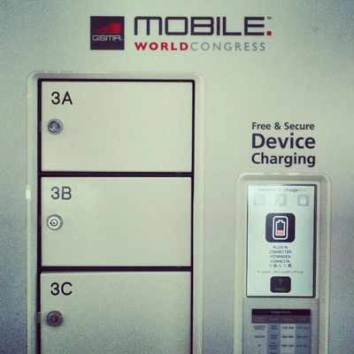 Free and secure device charging. A handy box many here appreciate. ;-) #MWC13 Mwc13