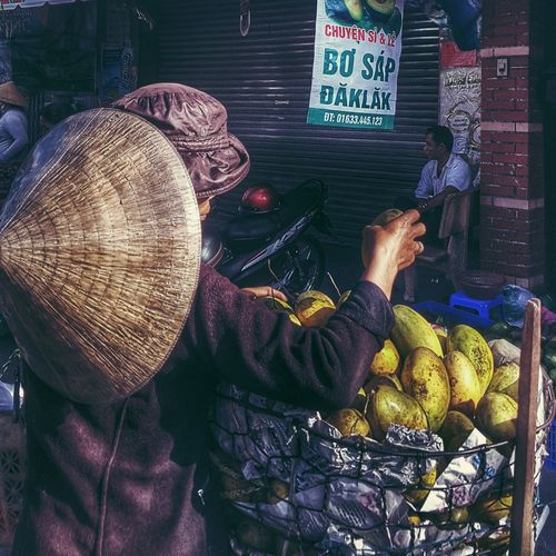 My Commute Saigon, Vietnam Mangoes Seller Photo Streetphotography Bymathieung