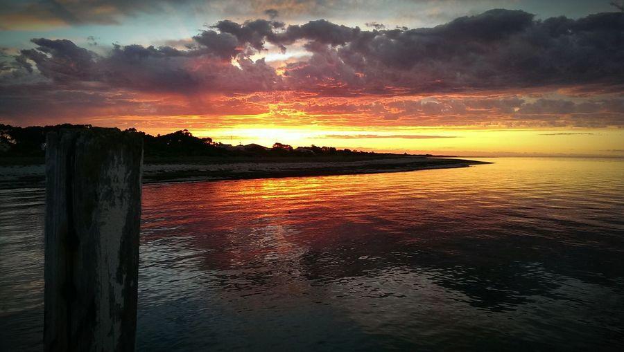 Cape Jaffa jetty sunset Capejaffa Anothercapejaffasunset Coastalkids Wherewouldyouratherbe Southeastsouthaustralia