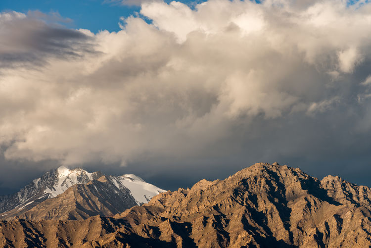 Beatiful Nature Beauty In Nature Cloud Cloud - Sky Cloudy Day India Landscape Leh Leh Ladakh.. LehLadakh Majestic Mountain Mountain Range Nature No People Non-urban Scene Outdoors Physical Geography Scenics Sky Snowcapped Mountain Tranquil Scene Tranquility