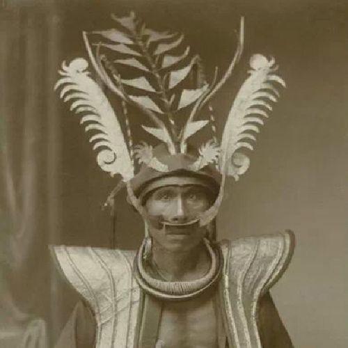 Bangsawan Nias. Koleksi KITLV Leiden, Belanda. History Saveourtribes NorthSumatra Tribes tribal indonesia