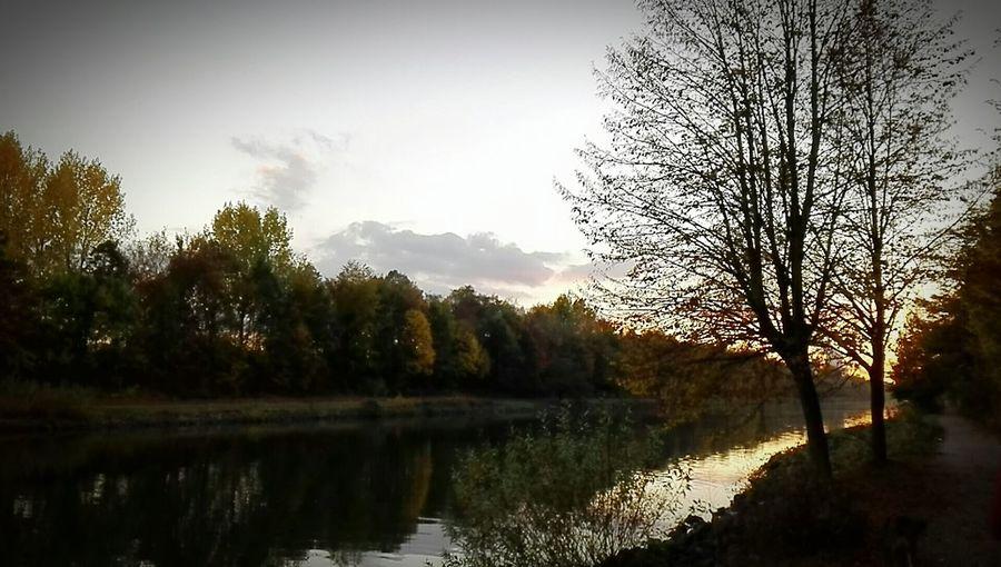 Sonnenuntergang am Rhein-Herne-Kanal zwischen Herne und Recklinghausen, Germany First Eyeem Photo