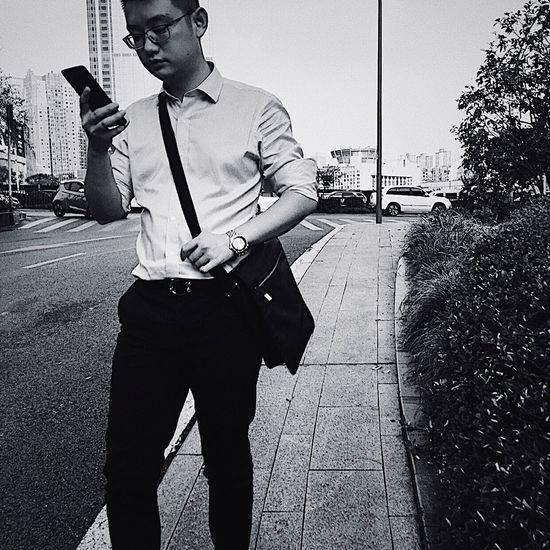 文艺重庆 | 075 Iphone6plus One Person Real People Men Lifestyles City Nature Front View