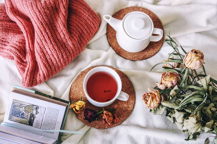 Flat Lay EyeEm Selects Tea - Hot Drink Drink Breakfast Refreshment Food And Drink Indoors  Directly Above Plate No People Bed Food Freshness Day Close-up Healthy Eating