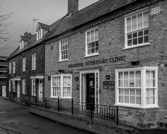 Swanpool Veterinary Clinic, London Road, Wellingborough, Northamptonshire Monochrome Photography Northamptonshire Monochrome Town FUJIFILM X-T2 Urban Black And White Wellingborough Street