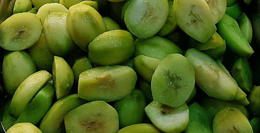 Fruit pickles 😘😘 Fruit Pickles Pickles Fruits Slice Fruit Fruit Fruitporn Fruity Green Green Freshness Green Fruit Close-up Close Up Color Palette Eyeemphoto