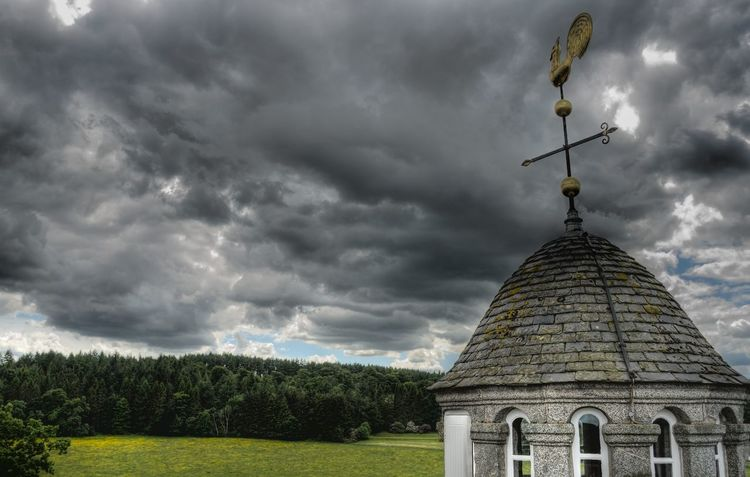 Looming Storm Scotland 💕 Nts Castle Fraser Castle HDR National Trust Aberdeenshire Weather Cloudy Cloudy Skies Weather Vane