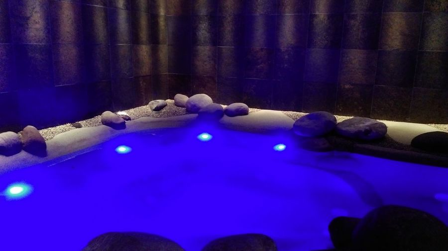Relilax Miramonti Montegrotto Terme Welcome To Paradise Italy Relaxing Water Beautiful Human Thinking Life Pool Showcase June Nature Light And Shadows