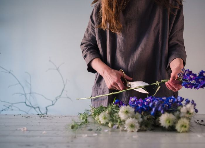 Sommergefühle Flower Arrangement The Week On Eyem Still Life Photography Focus On Foreground Floral Florist Flowers Flower Head Summer Freshness Growth Woman Linen Dress Hands Makers
