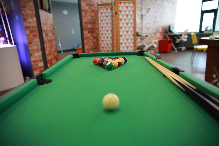 당구 포켓볼 기다림 만남 헤어짐 Pool Cue Pool Ball Snooker Pool - Cue Sport Pool Table Snooker And Pool Pool Hall Sport Cue Ball Leisure Games