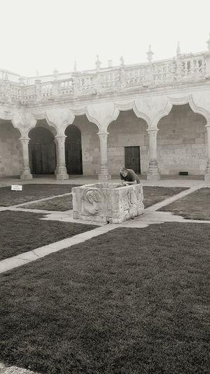 University Salamanca Spain gar Grass Architecture History den