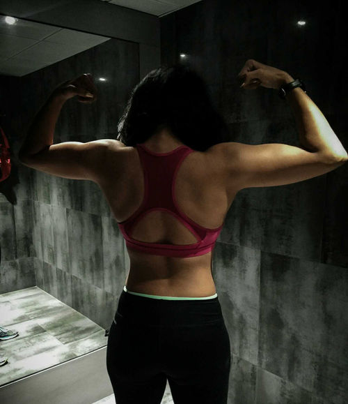Exercising Healthy Lifestyle Rear View Gym Sports Training Sports Clothing Fitnessmodel Fitnessaddict Fitnesslifestyle  FitnessFreak Physique  Fitnessphysique Girlwithmuscle Fitnessgirl Fitnessgear